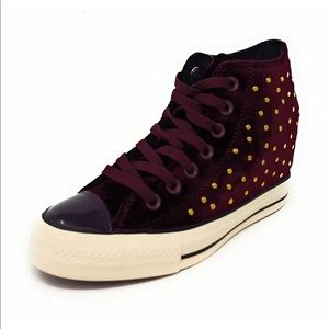 Converse Wedge Chuck Taylor Lux Velvet Ruby NEW